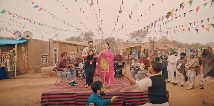 माझे दिये मोमबत्तिये Maajhe Diye Mombatiye Song Lyrics In Hindi - Balkar Sidhu & Jenny Johal