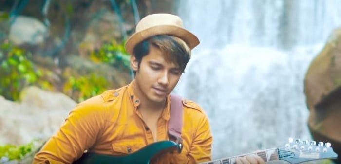 Modern Pahadi Mashup 3 Song Lyrics Hindi - Ashish Chamoli - Tarun Pawri