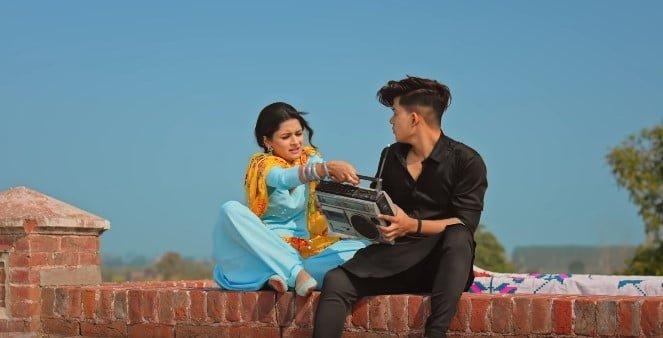 डेली डेली Daily Daily Song Lyrics Hindi - Neha Kakkar