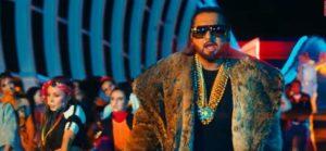 लोका Loca Song Lyrics Hindi – Yo Yo Honey Singh-min