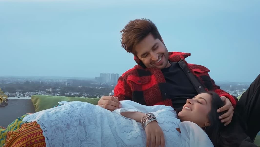 ऐना चौनी Ehna Chauni Aa Song Lyrics Hindi - Jassi Gill