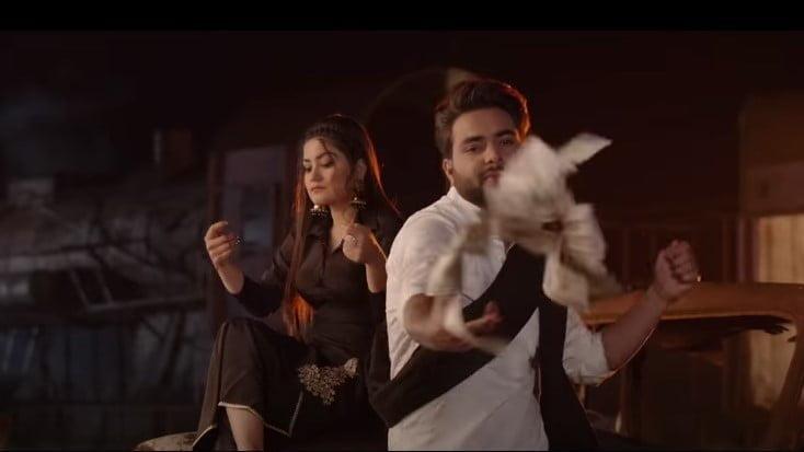 Nakhre Vs Guns Song Lyrics Hindi - Kaur B