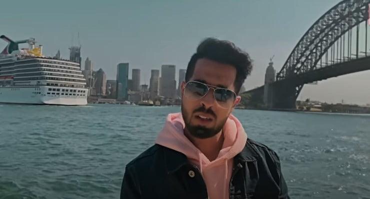 Dil Toh Clean Song Lyrics In Hindi - Johny Seth