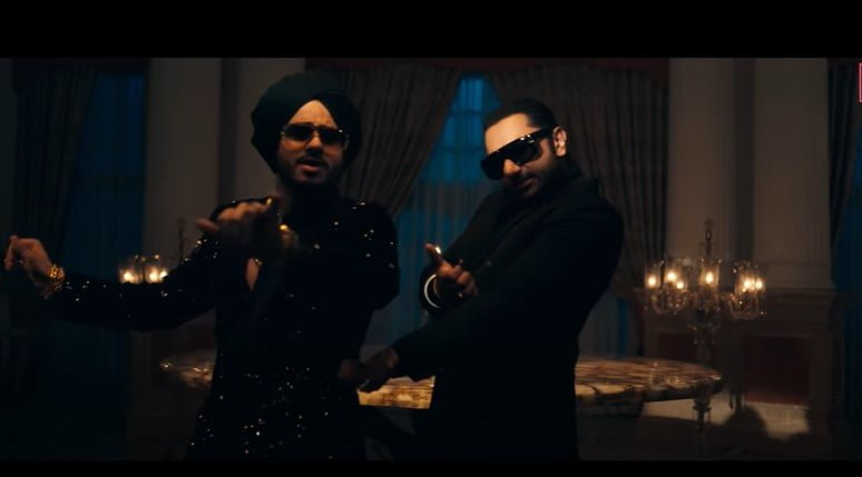 बिल्लो तू अग्ग Billo Tu Agg Song Lyrics Hindi - Yo Yo Honey Singh