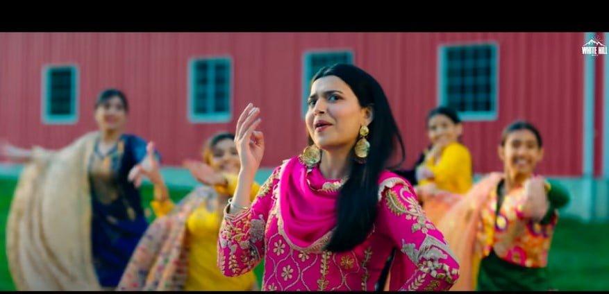 सोहने सोहने सूट Sohne Sohne Suit Song Lyrics Hindi - Nimrat Khaira